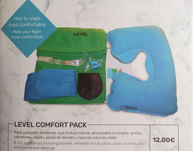 comfort kit de la aerolinea low cost level